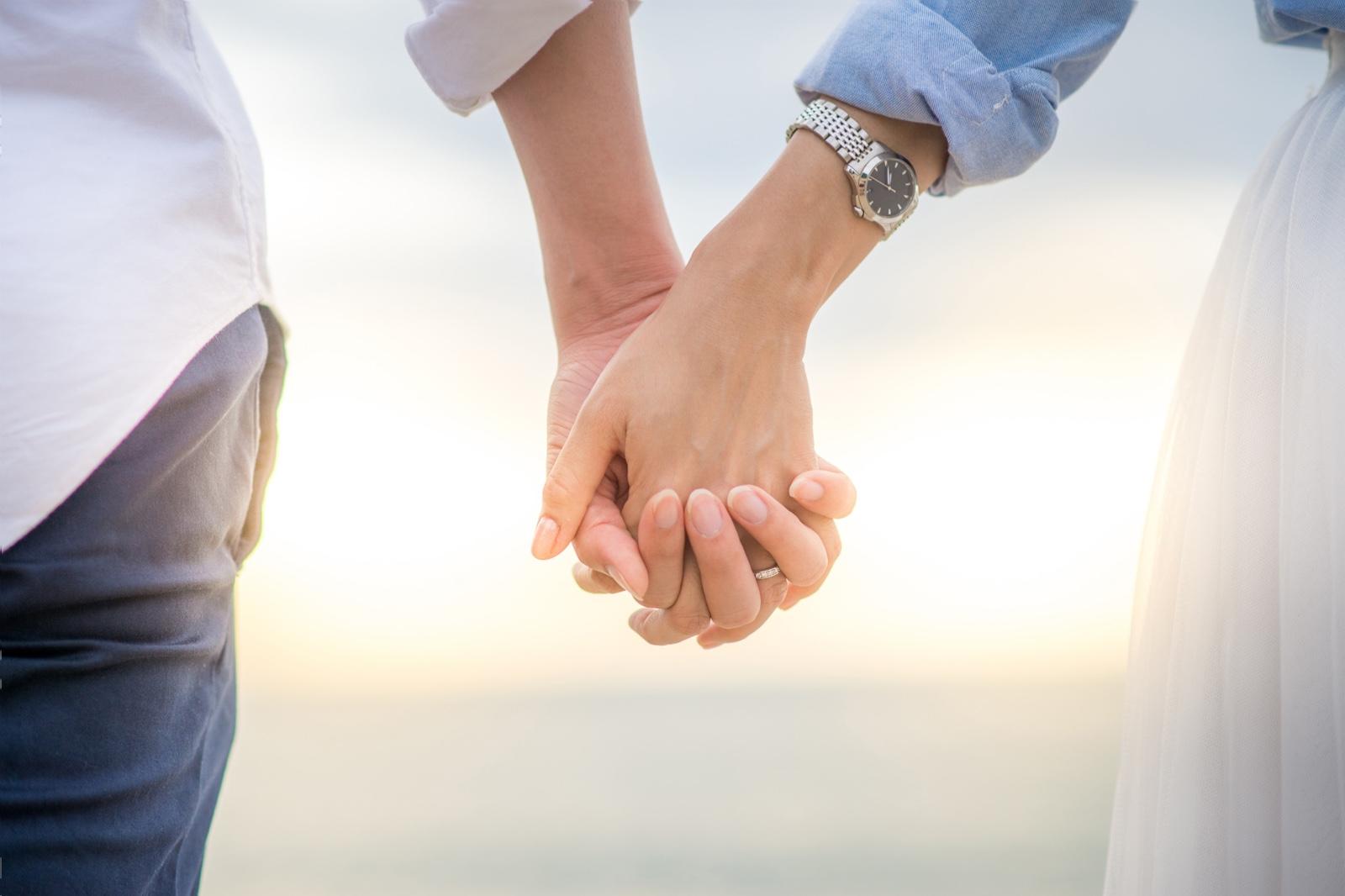 イメージ:団塊から恋愛婚世代へ