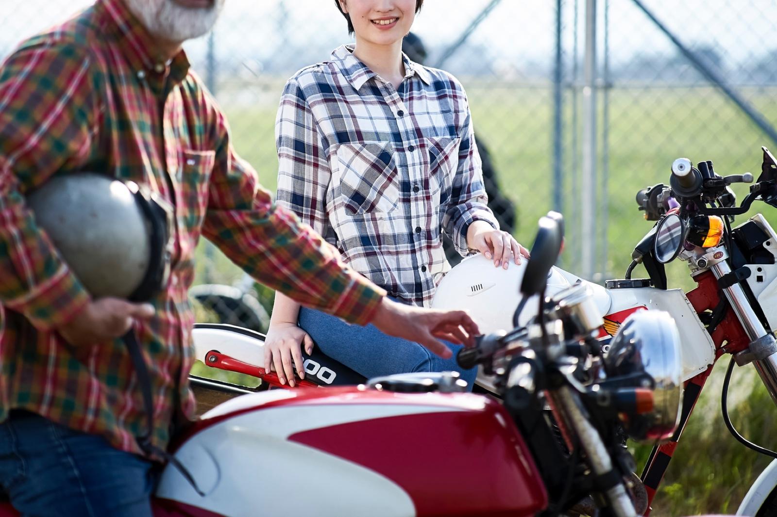 イメージ:少子高齢社会活性化のカギ クロスジェネレーション